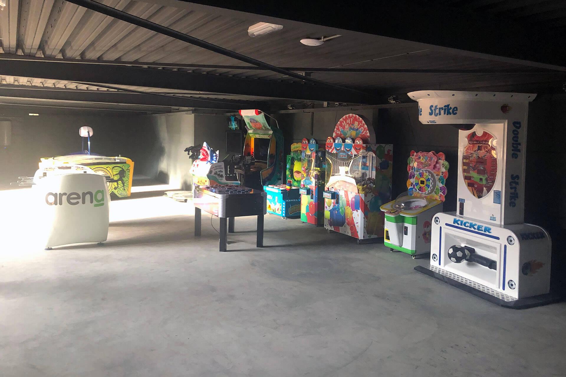 arcade-header